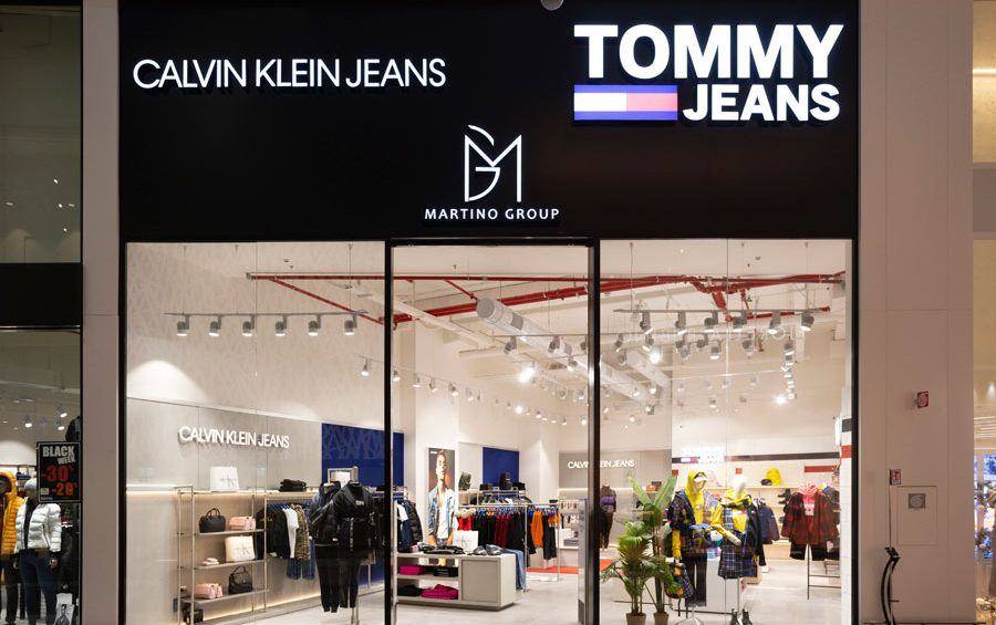vetrina-calvin-klein-jeans-tommy-jeans